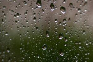 Kondenswasser bei zu hoher Luftfeuchtigkeit
