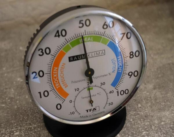 Wo stelle ich ein Hygrometer auf?
